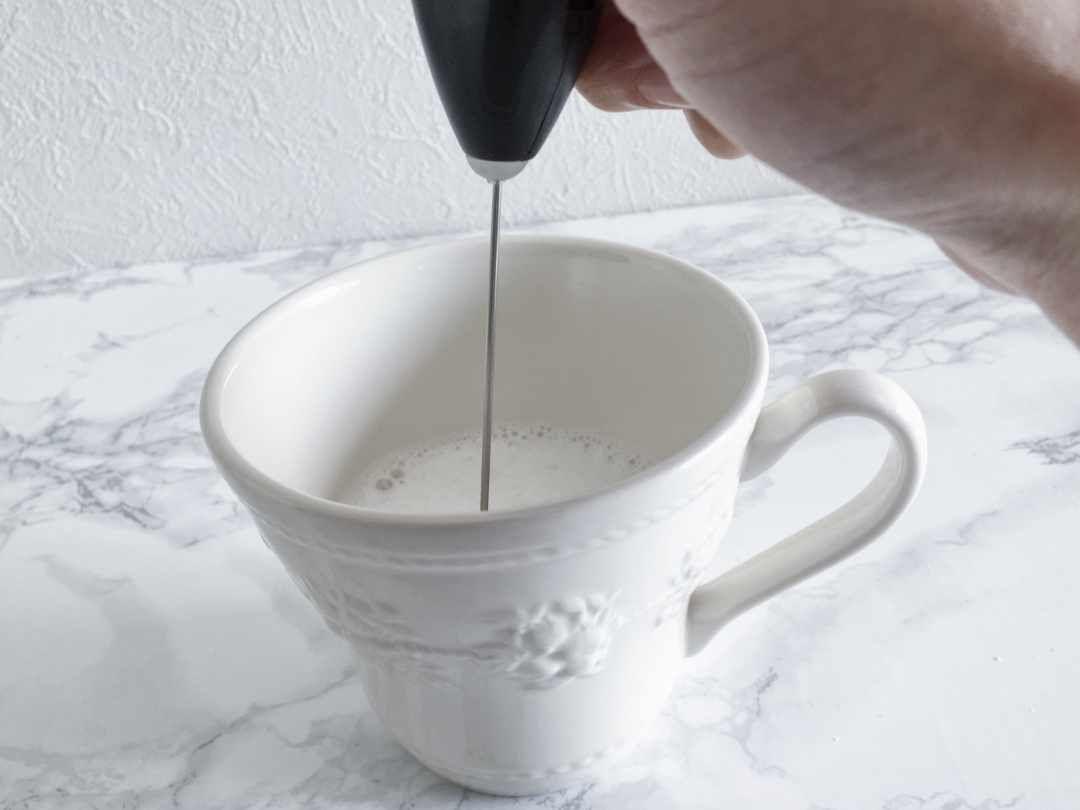 約150円でこの実力 Ikea ミルク泡立て器 で簡単おうちカフェ カフェ 泡立て器 ミルク