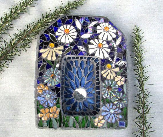 Garden Shrine Mosaic ~ Spiritual Decor ~ Daisy Flowers Garden Art ~ Garden Alter ~ OOAK Outdoor Decor ~  Gift for Gardener ~ Spiritual Gift