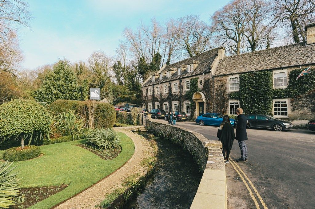 One day in the cotswolds englands most charming villages