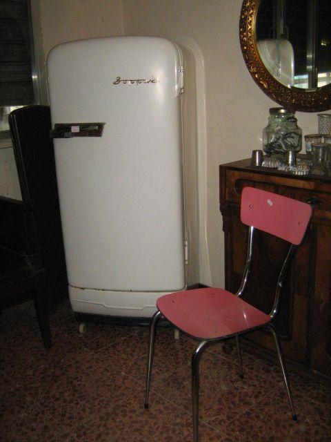 Sedia da ufficio anni 50 prezzi tarlati mobili e oggetti vintage pinterest nostalgia - Mobili vintage bologna ...