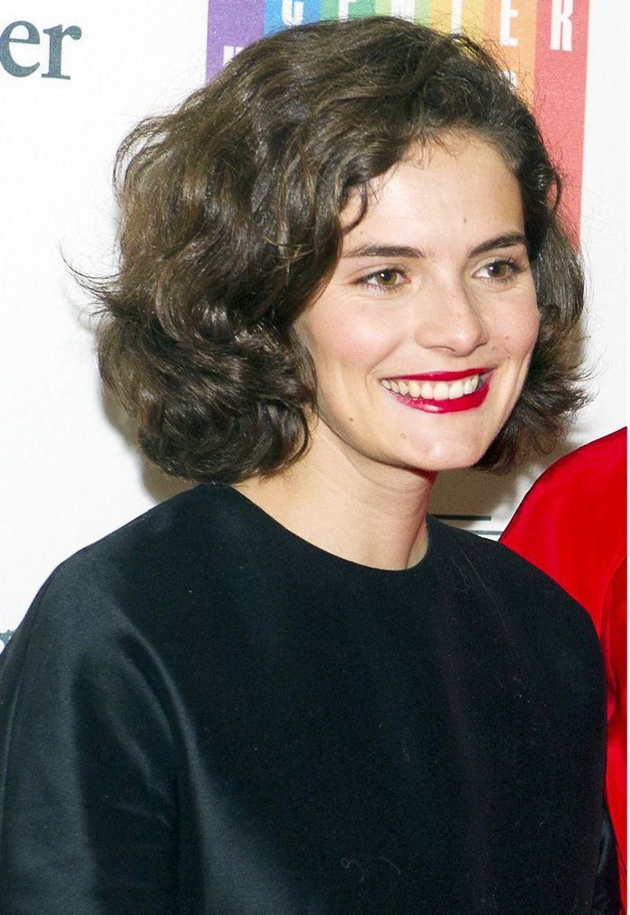 Have you met jackie kennedys look alike granddaughter yet jackie jackie kennedys granddaughter could pass as her doppelgnger do you agree altavistaventures Choice Image