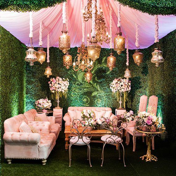 Inspiration Gallery Accesories Disneys Fairy Tale Weddings