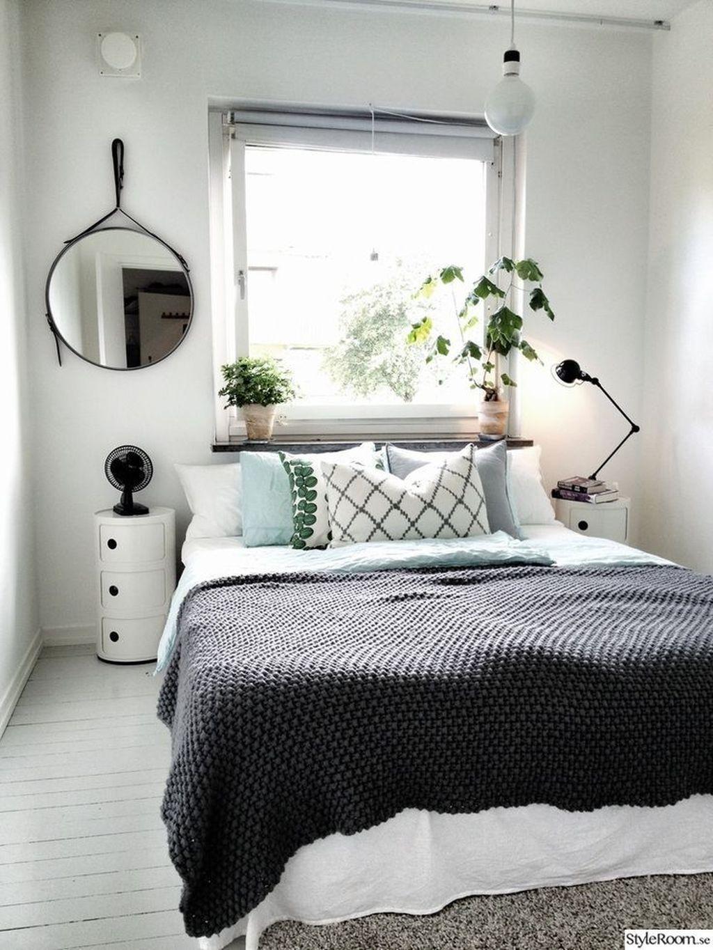 45 Inspiring Plants Ideas In Bedroom Decor Small Bedroom Decor Cozy Small Bedrooms Bedroom Interior