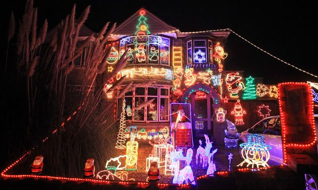 christmas display in detroit | ... Add your festive display to our map of  metro Detroit Christmas lights - Christmas Display In Detroit Add Your Festive Display To Our