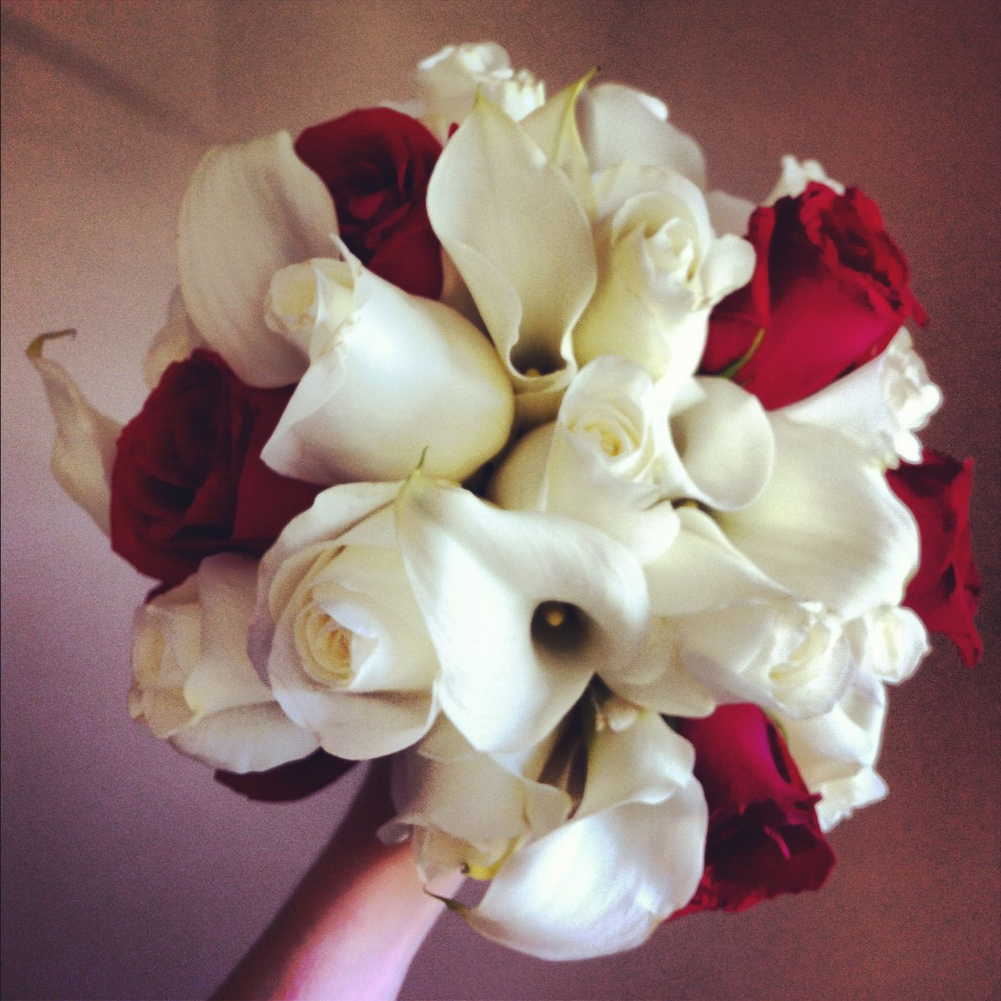 White And Red Wedding Bouquet Flowers Pinterest Red Wedding