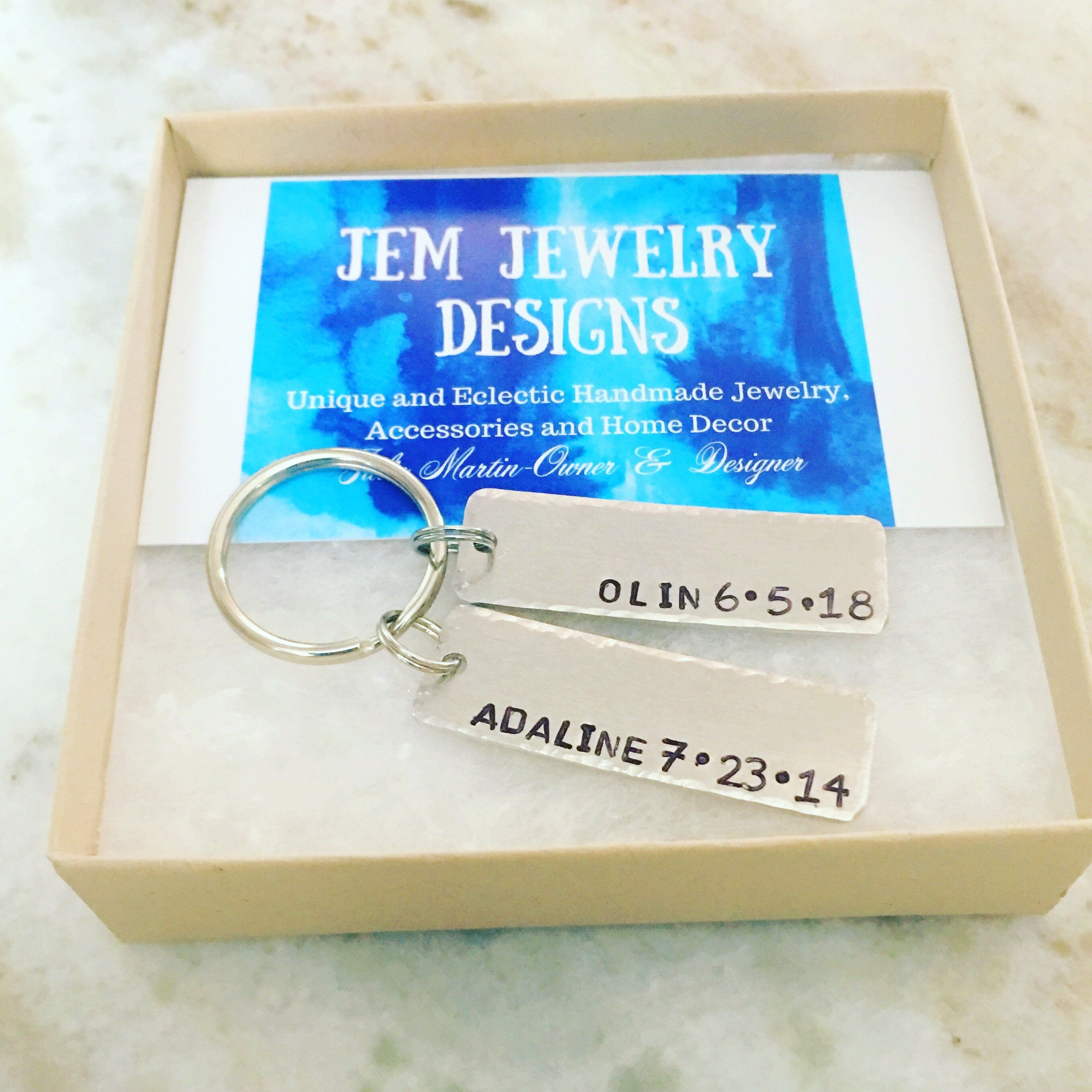 Dad keychain-hand stamped-personalized gift-gift for him-hammered