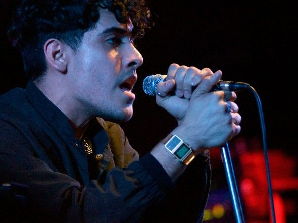 Neon Indian - The Zoo - 01.03.2012