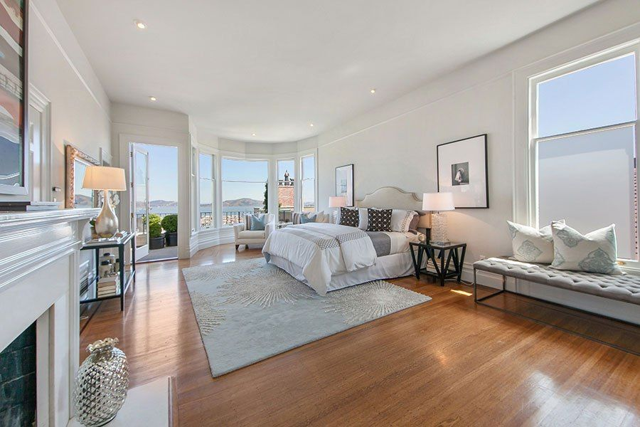 meg ryan s former san francisco home sold victorienne. Black Bedroom Furniture Sets. Home Design Ideas