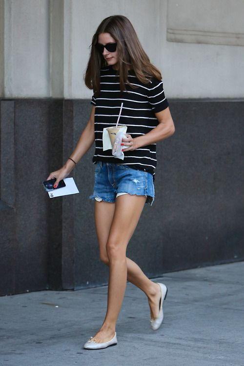 Casual Summer Style: RayBans, Breton Stripes, Denim Shorts & Plain Pumps | Olivia Palermo