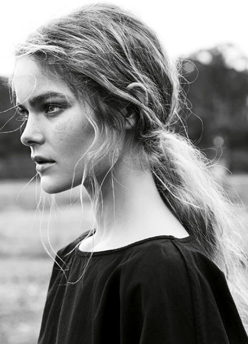 Jess Gold by Nicole Bentley.