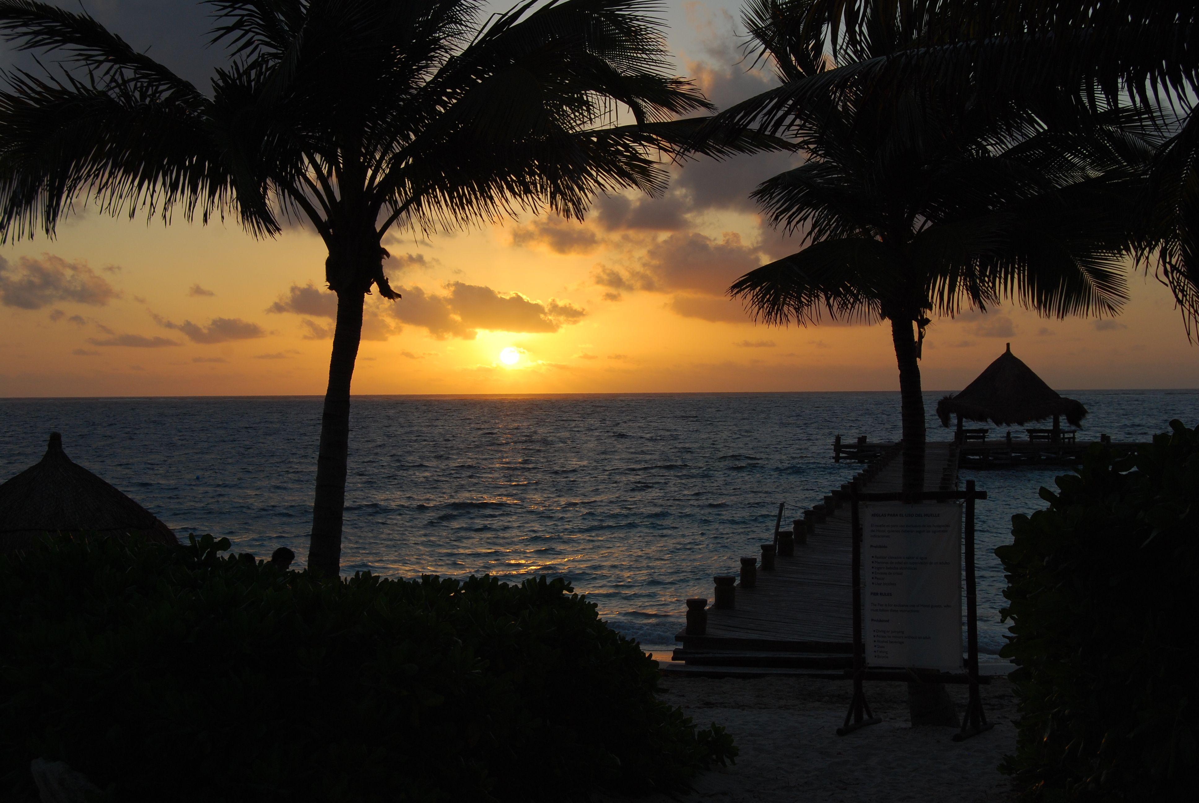 Vacation information for Puerto Morelos Mexico We
