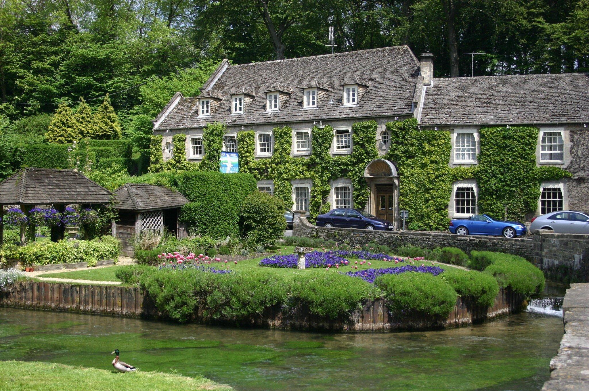 Swan Hotel Bibury England Best Place For A Honeymoon