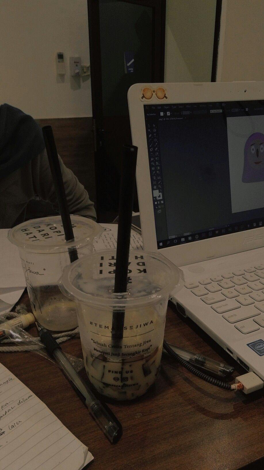 Janji Jiwa Minuman Smoothies Karya Seni Kopi Hari Hujan