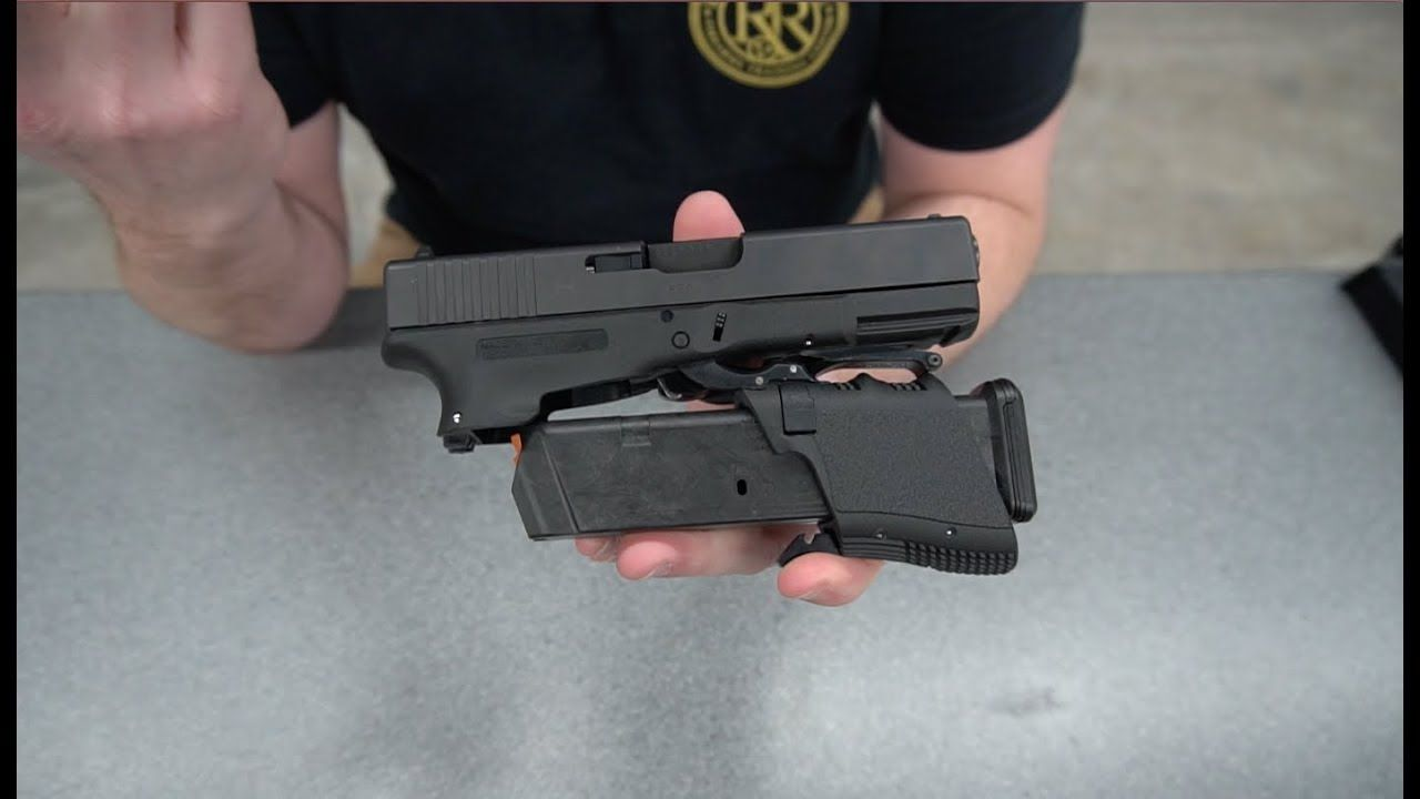 Shooting the Full Conceal M3 Folding GLOCK 19 - YouTube