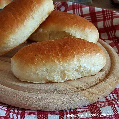 Panini sofficissimi per hot dog buono ricette panini for Cucinare hot dog