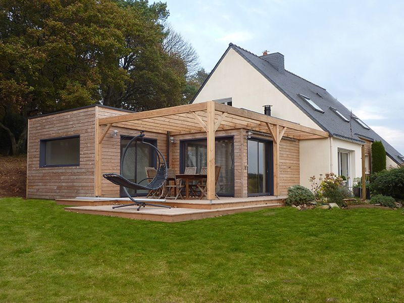 extension de plein pied en toit terrasse 50 m2 sur maison r cente traditionnelle avec terrain. Black Bedroom Furniture Sets. Home Design Ideas