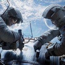 Gravity - Sandra Bullock e George Clooney   Intensa gravidade   High-tech girl