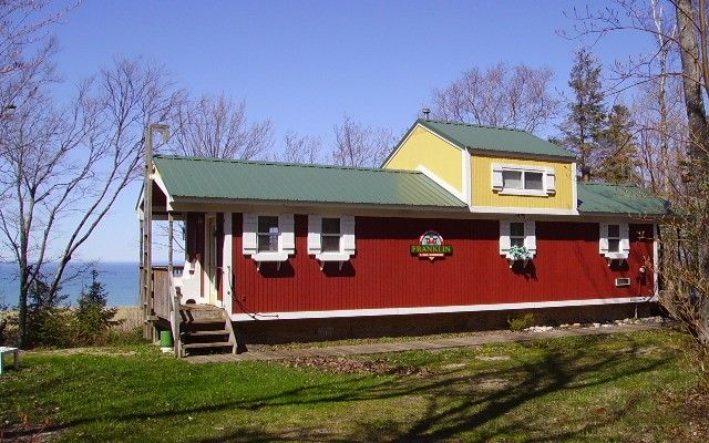 Caboose Style Cottage Tiny House Vacations Cottage