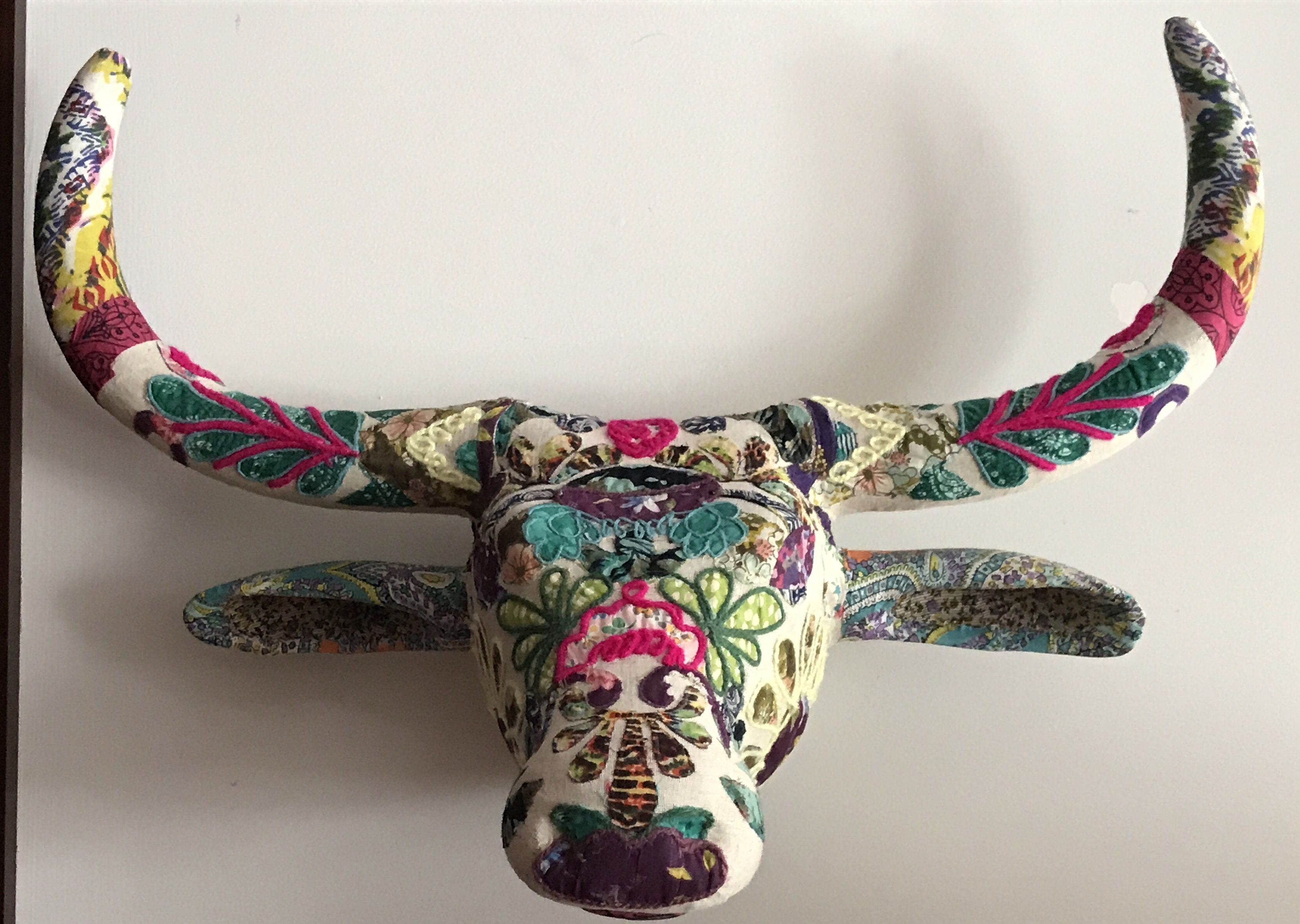 Bull head wall mount embroidered fabric Pandora charm