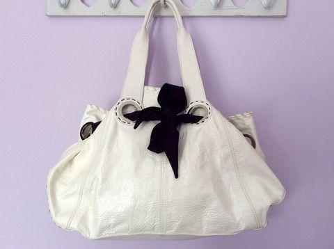 Whispers Dress Agency Shoulder Bags