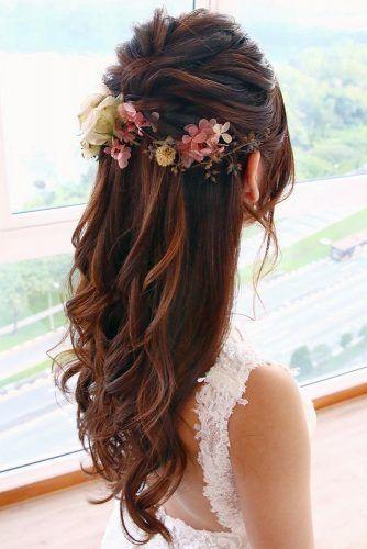 Wedding Hairstyles Half Up Half Down With Veil With Flowers Bridal Hair Long Hair Short Hair L Hair Styles Down Hairstyles Wedding Hairstyles For Long Hair