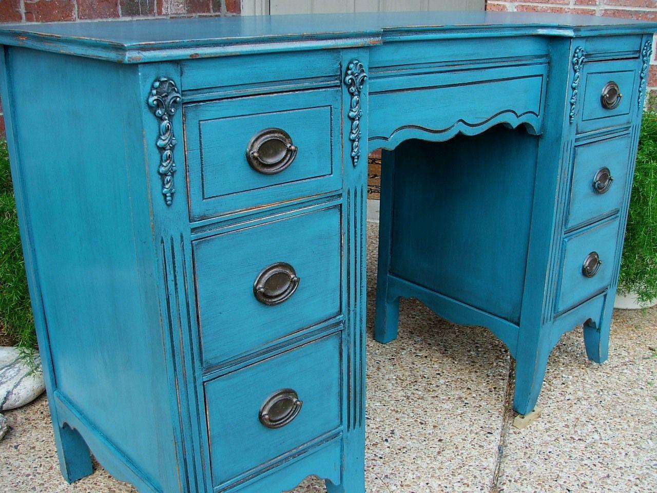 les 25 meilleures id es de la cat gorie meubles peint en bleu sur pinterest mobilier bleu diy. Black Bedroom Furniture Sets. Home Design Ideas