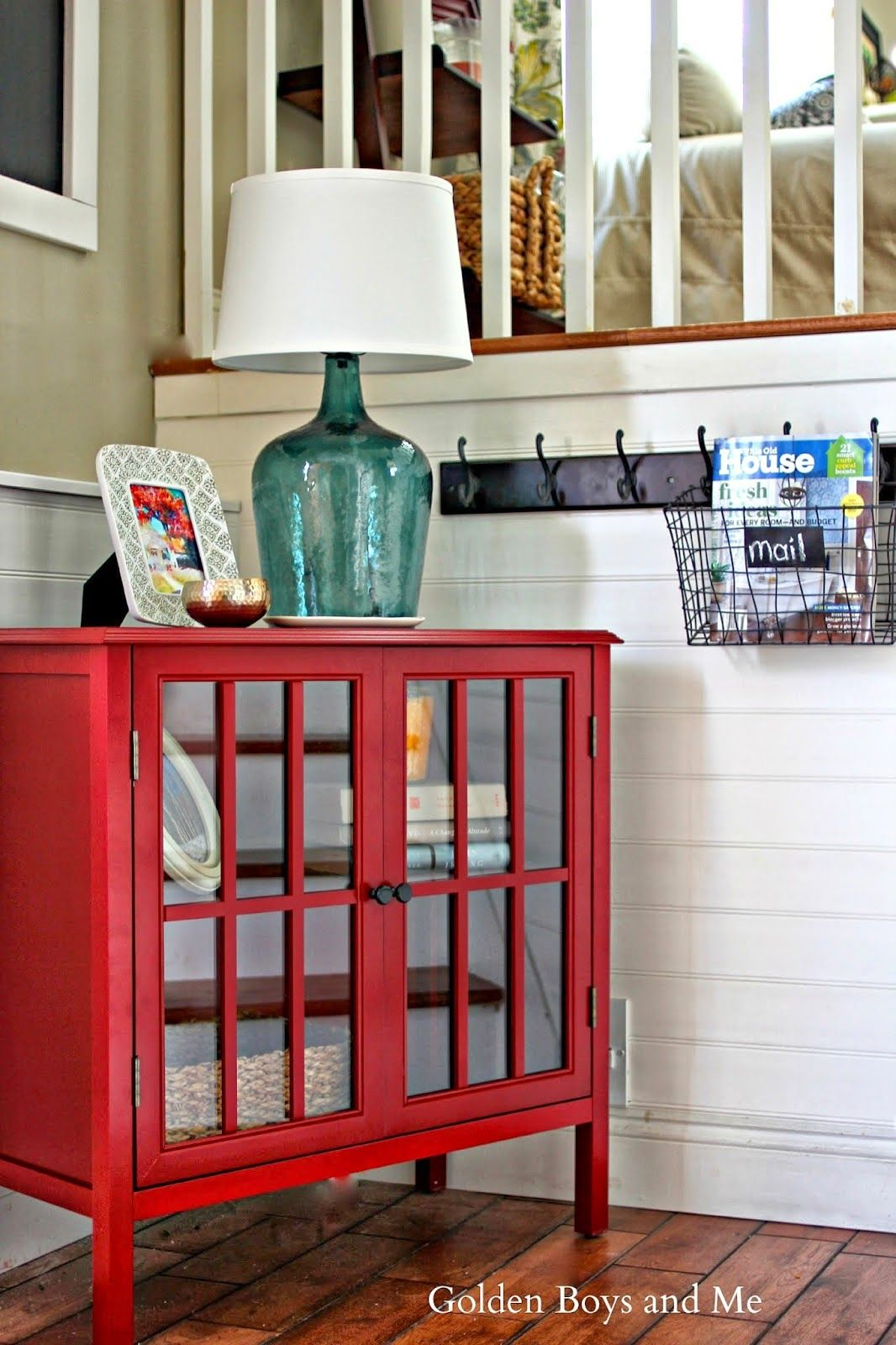Wire basket to hold mail in entrywaygoldenboysandme
