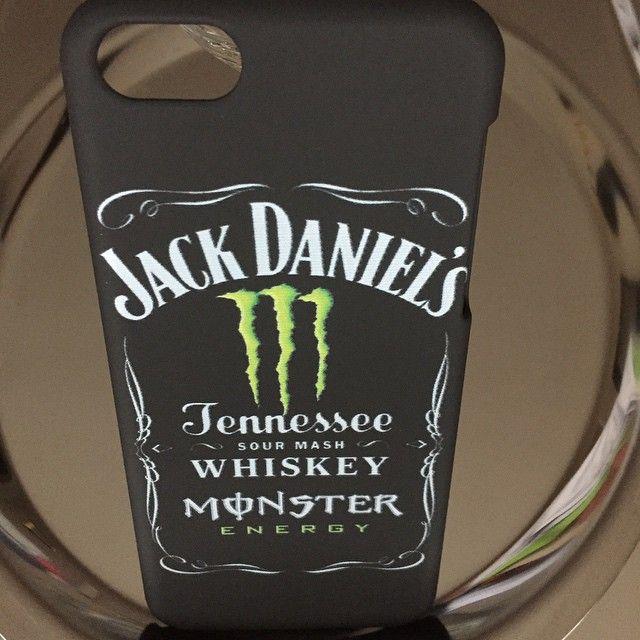 """""""Découvrez  la sélection de coques rigides et silicones sur www.accessoires-express.fr La Boutique de Personnalisation pour votre smartphone! #AccessoiresEX #coque #coqueapple #coqueiPhone4 #coquepascher #coqueoriginale #coquesmartphone #coquepersonnalisée #coquepoursmartphone #coquepourtéléphoneportable #iphone4 #jackdaniels #monstervert #monster #jack #daniels #whiskey #tennessee #griffe #monster #fusionjackmonstervert #fusionjackmonster #fusionjackdanielsmonstervert"""" Photo taken by…"""