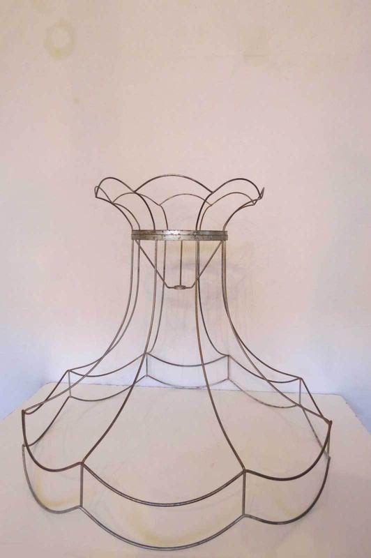 Vintage wire lamp shade frame me gustas y coser vintage wire lamp shade frame aloadofball Images