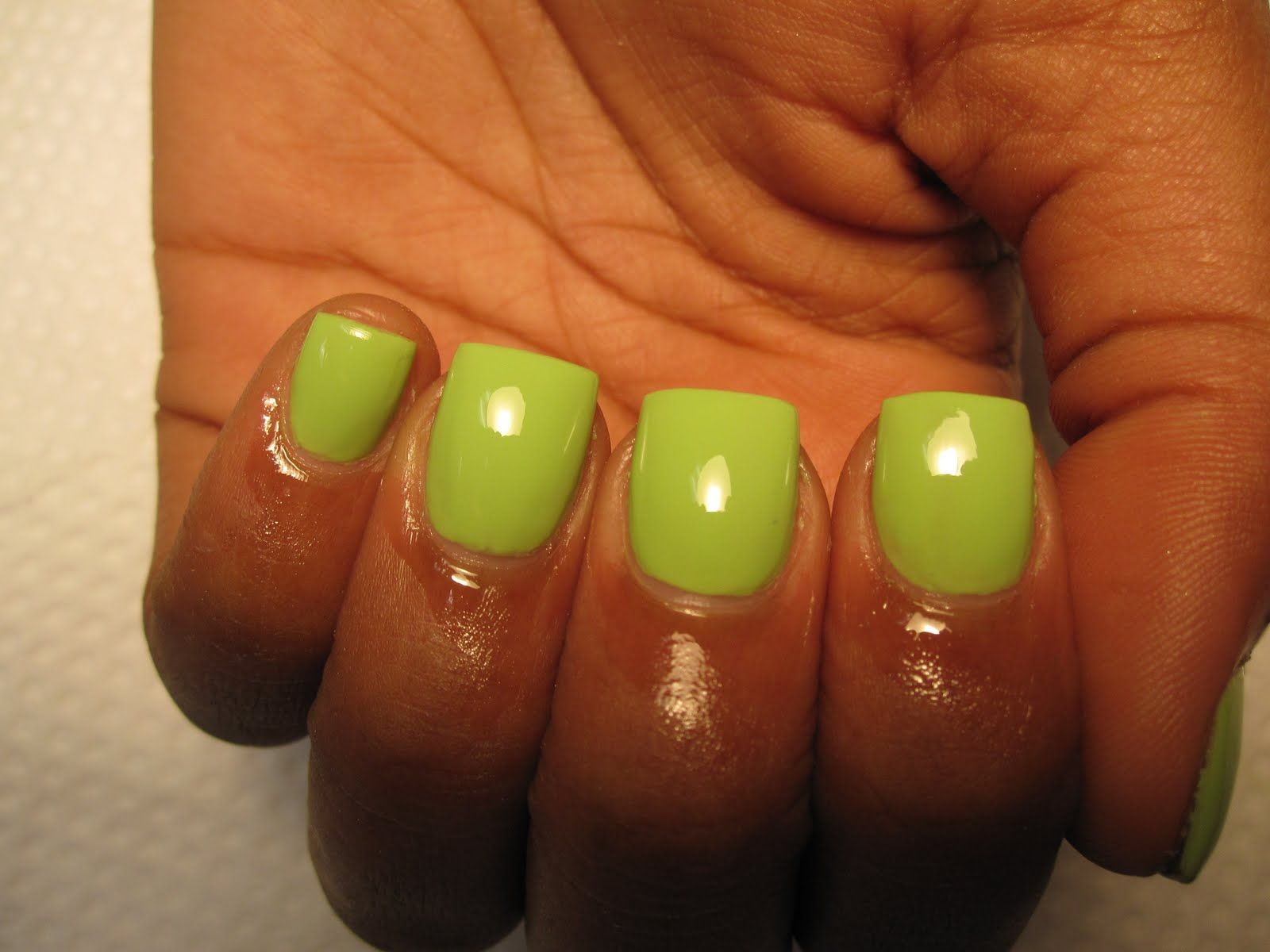 Short Lime Green Acrylic Nails With Images Green Acrylic Nails