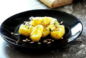 gotuję komuś...: Gnocchi z masłem słonecznikowym i świeżym cząbrem. Ulubione zioło niemowlaka. BLW
