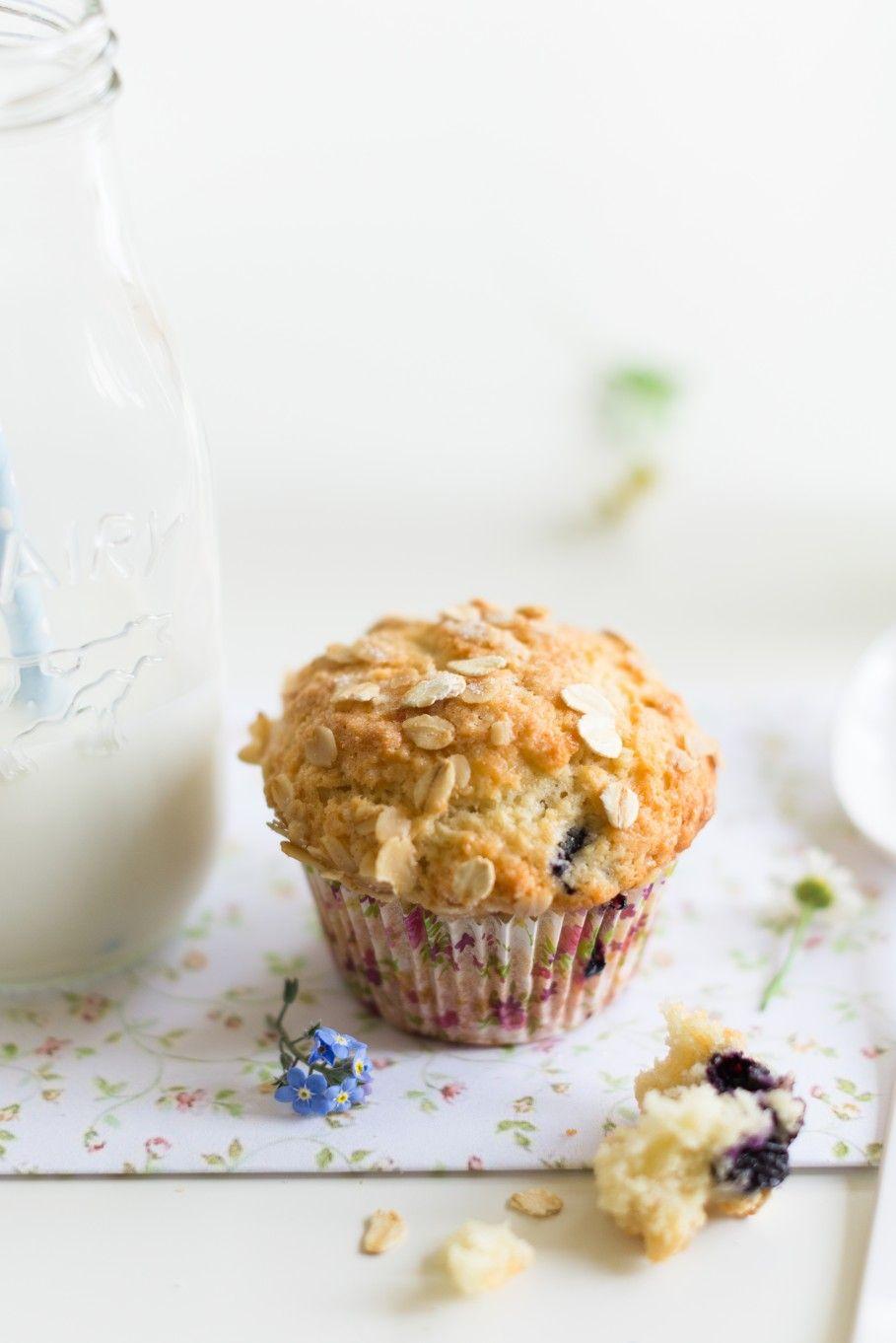 Oats, Bluberry and Yogurt Muffins  