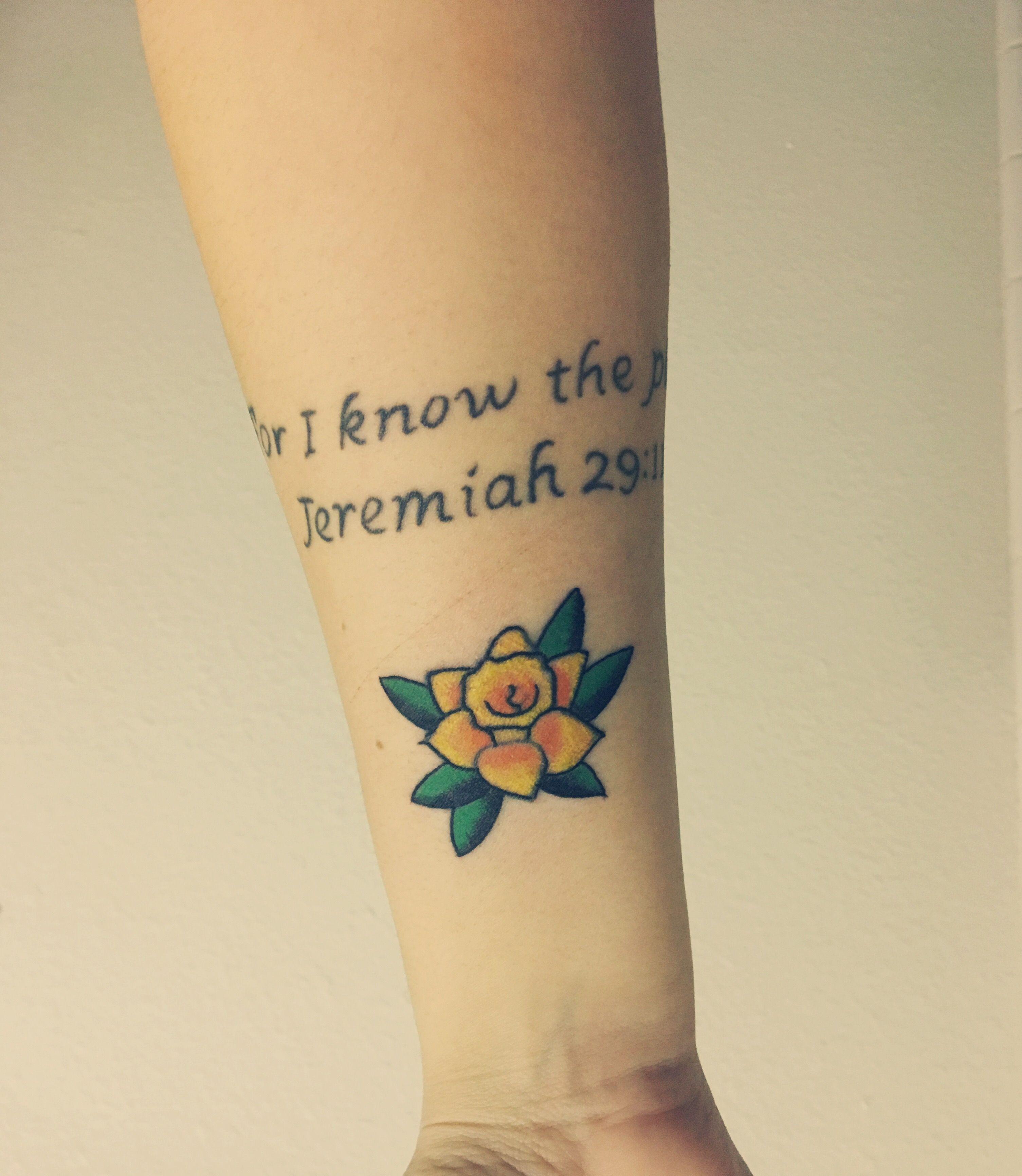 Traditional American Daffodil Tattoo Daffodil Tattoo Tattoos Foot Tattoos