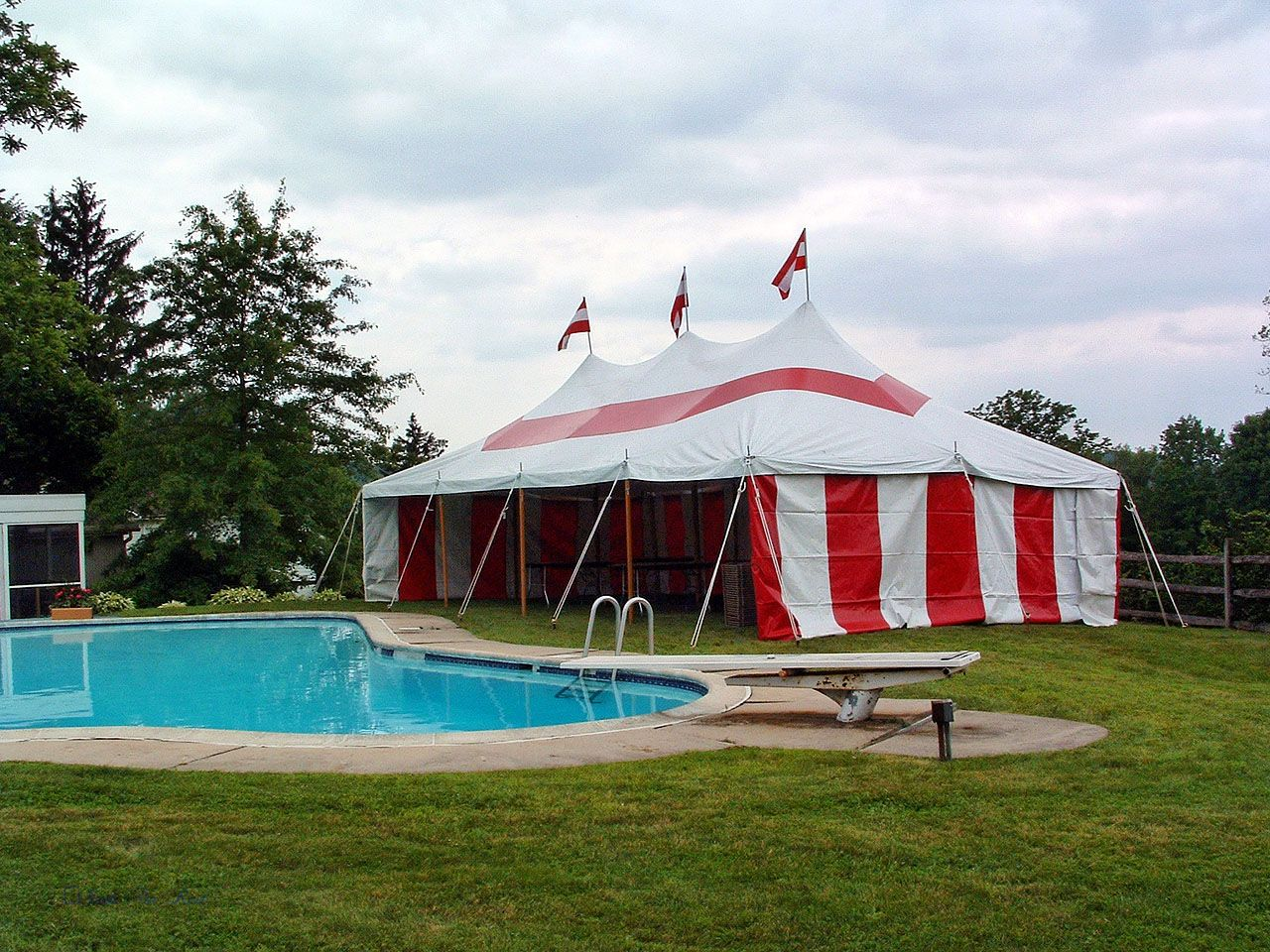 Pin by Tents For Rent LLC on Tents   Outdoor graduation ...