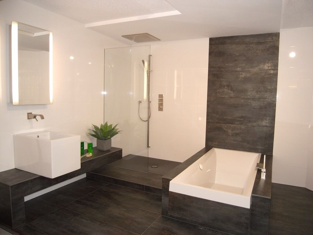 Elegant Moderne Badezimmer Fliesen