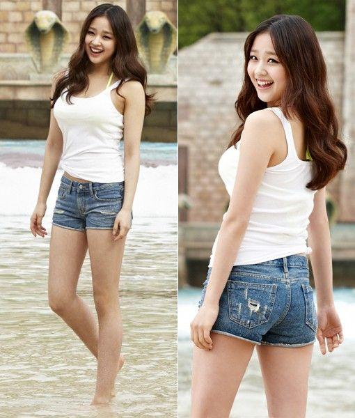 Son Yeon-Jae 손연재 오션월드 보정전 2p