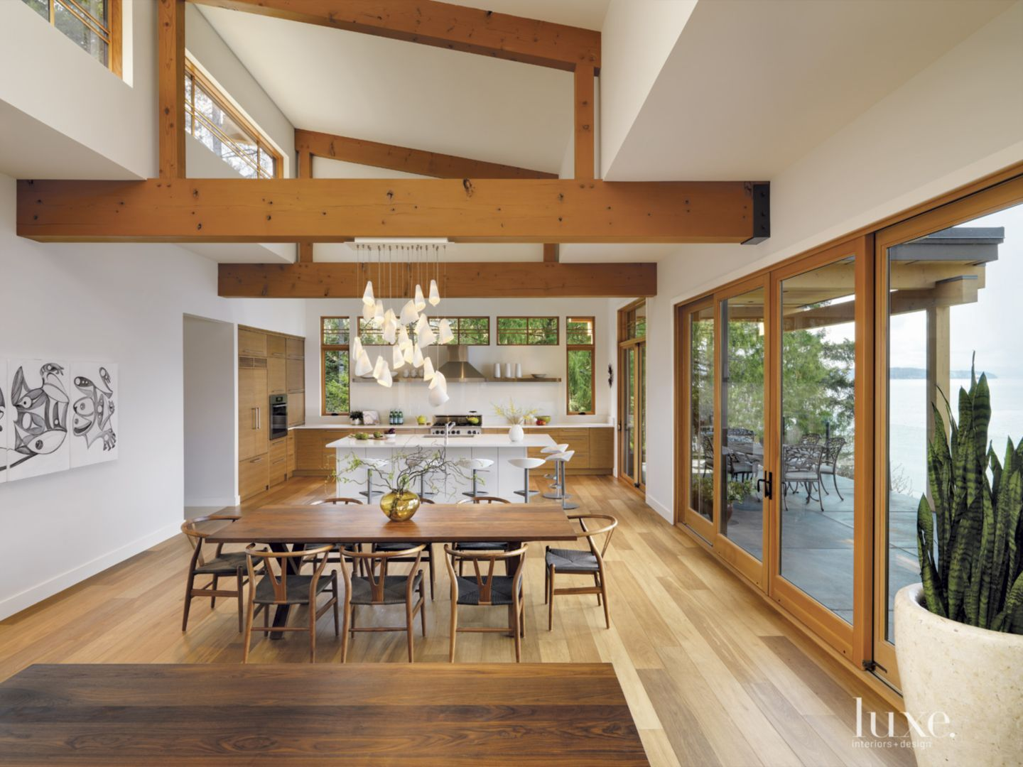 Natural materials an open plan and sculptural accents form a vancouver island couples contemporary west