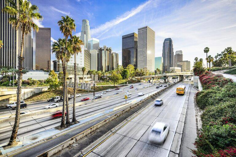 Where Can You Travel What S Open What S Closed Here S The Current Status For All 50 States In 2020 Los Angeles Sightseeing Los Angeles Attractions California City