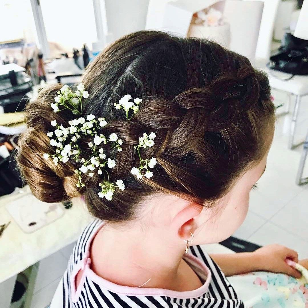 35 Flower Girl Hairstyles