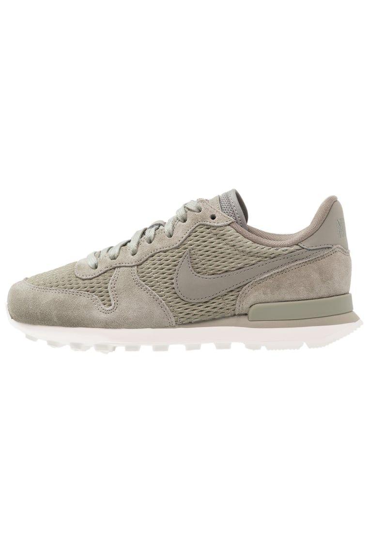 pavimento Injusto Proponer  Consigue este tipo de zapatillas bajas de Nike Sportswear ahora! Haz clic  para ver los detalles. Envíos gratis… | Zapatillas, Tipos de zapatillas,  Zapatillas mujer