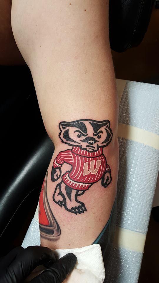 Wisconsin Badger Tattoo Tattoos By Jeffery Moon Badger Tattoo