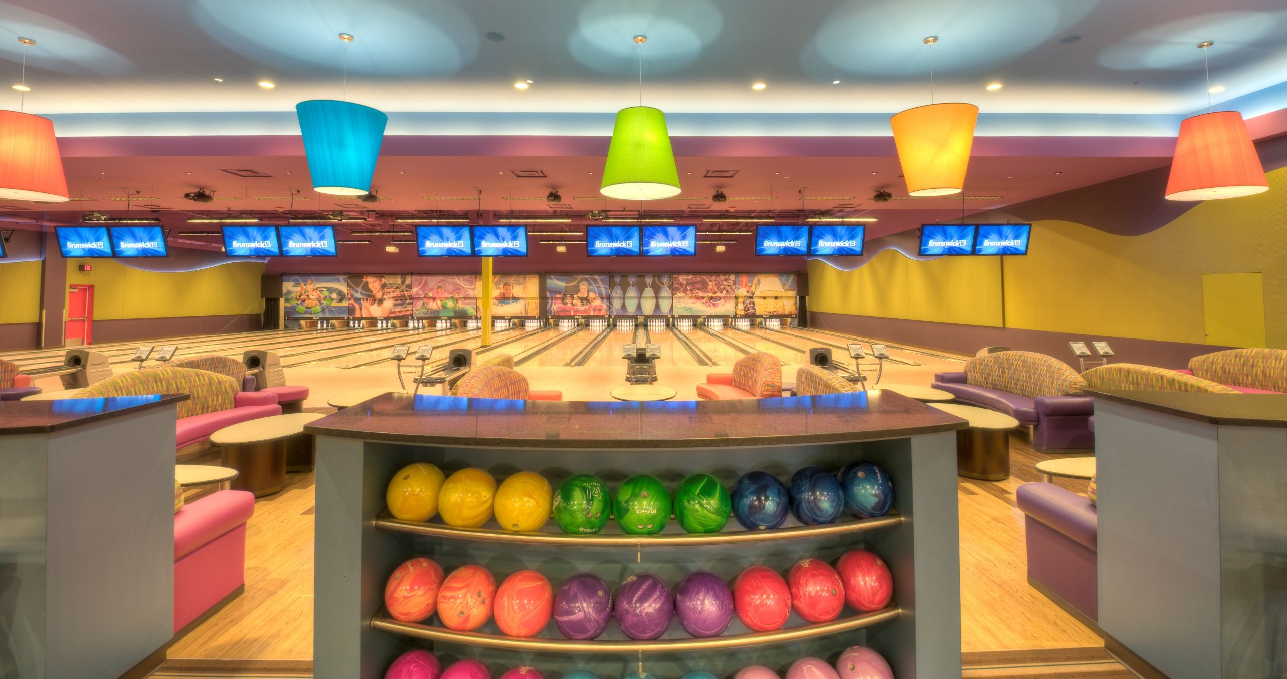 Pinz Bowling Center Located In Meridian Id Www Wahoozfunzone Com Bowling Center New Homes Meridian