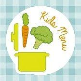 childrens food : menú infantil sobre fondo mantel