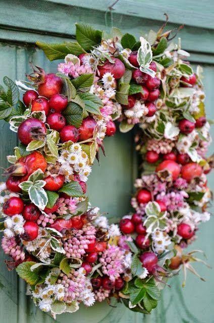 Ideen zur Dekoration im Herbst und Weihnachtszeit, Bastel Anleitungen DIY für Garten und Haus. Gestaltung dekorieren Inspiration mit HarmonyMinds #garlandofflowers