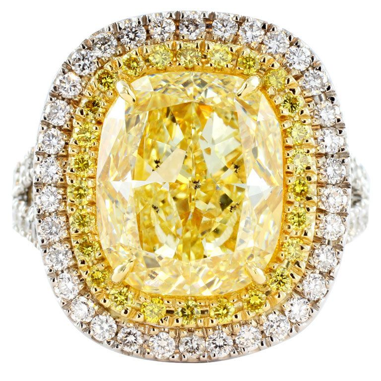 ♥ Fancy Yellow 6.74ct Diamond Ring ♥