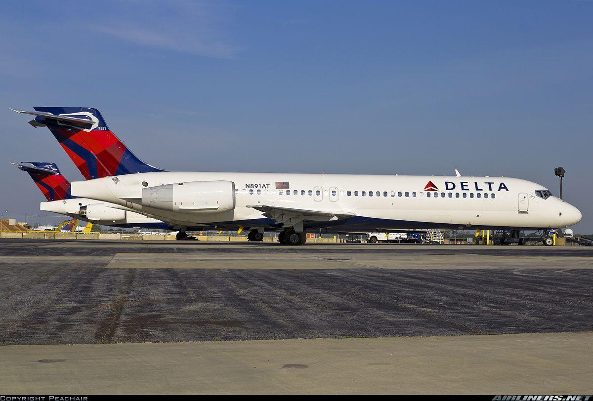 N891AT Delta Boeing 717200 Delta airlines, Delta, Boeing