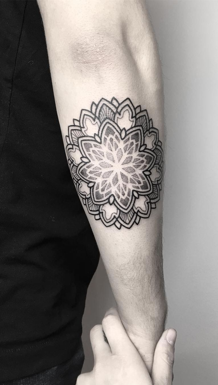 82c9e35912d68 50 of the Most Beautiful Mandala Tattoo Designs for Your Body & Soul ...