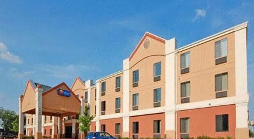 Comfort Inn Suites Near Medical Center San Antonio Featuring An