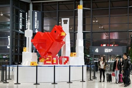 """The """"Flying Rooster"""" sculpture groups are on exhibition from Jan. 12th, 2017. This is also SAMDecaux's first approach to make crossover contemporary art sculpture happen in Shanghai Airport."""