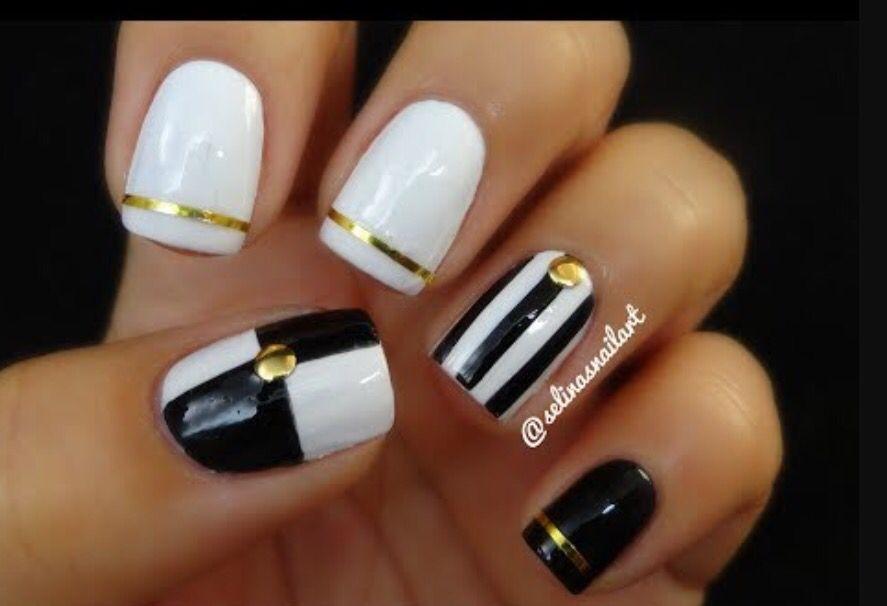 Black, white and Gold nail deign
